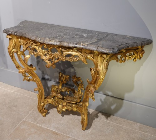 Louis XV console in gilded wood - Louis XV