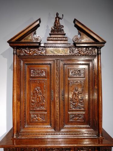 <= 16th century - French Renaissance sideboard &quot;Ecole de Fontainebleau &quot; walnut, late 16th ce
