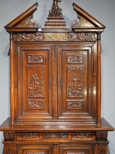 """Renaissance - French Renaissance sideboard """"Ecole de Fontainebleau """" walnut, late 16th ce"""