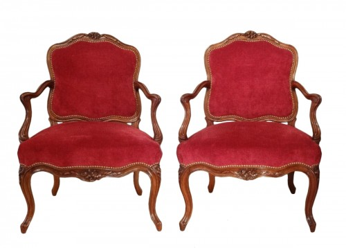 Pair of Louis XV armchairs attributed to Nogaret