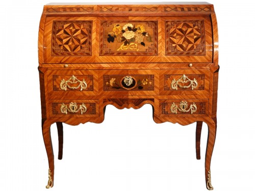 """French Louis XV Desk Called """"cylindre"""", Marquetry, 18th Century"""