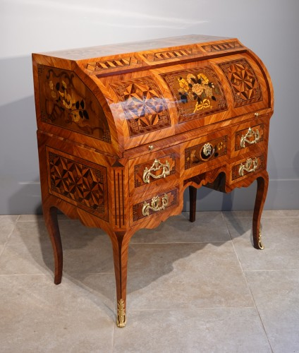 """18th century - French Louis XV Desk Called """"cylindre"""", Marquetry, 18th Century"""