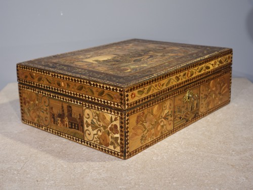 Objects of Vertu  - 19th century straw marquetry box