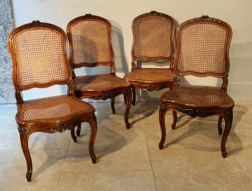 Antiquités - Set Of Two Louis XV Armchairs And Four Chairs