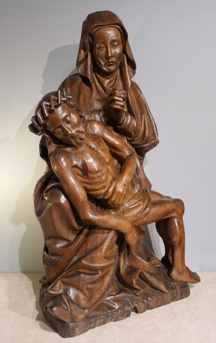 French Pieta In Carved, Walnut, Late 15th Century - Middle age