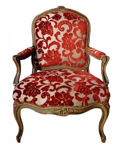 Louis XV armchair stamped Delanois (1731-1792)