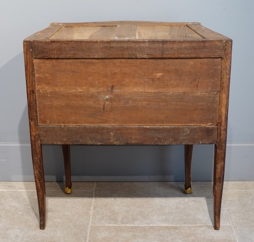 """French Louis XV Commode, Inlaid, Stamped """"s.vie"""" - Furniture Style Louis XV"""