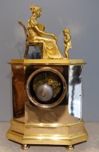"French Restauration Gilt bronze clock signed ""Mesnil in Paris"" - Horology Style Restauration - Charles X"