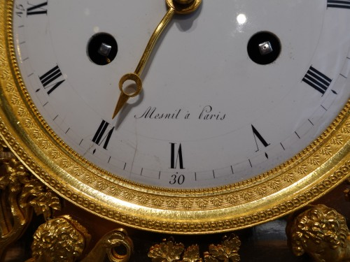 "Restauration - Charles X - French Restauration Gilt bronze clock signed ""Mesnil in Paris"""