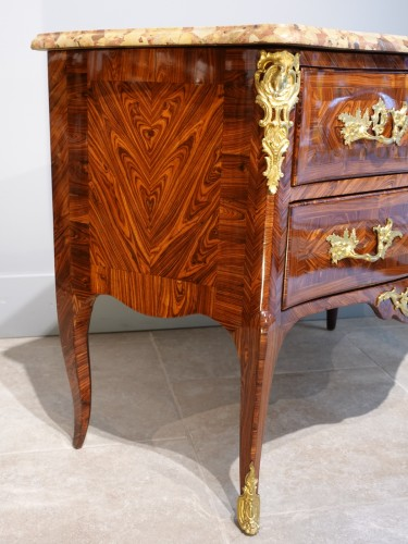 French Louis XV Chest Of Drawers, Stamped Hedouin, 18th Century - Louis XV