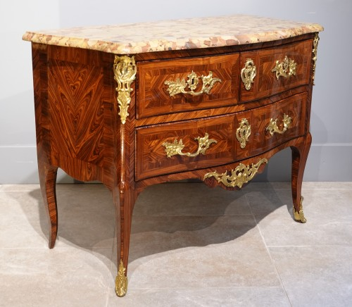 Antiquités - French Louis XV Chest Of Drawers, Stamped Hedouin, 18th Century