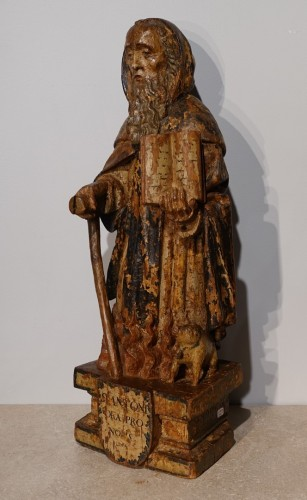 Saint Anthony hermit in carved and polychrome wood 17th century - Sculpture Style Louis XIII