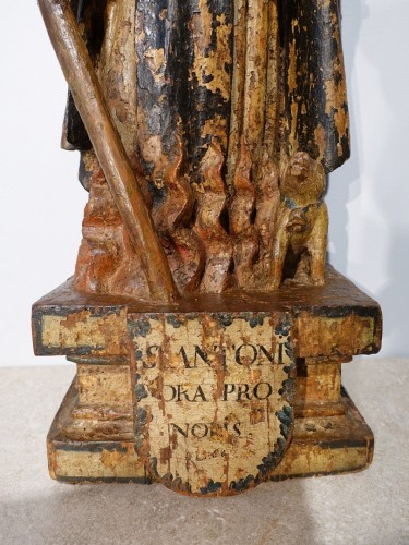 Antiquités - Saint Anthony hermit in carved and polychrome wood 17th century