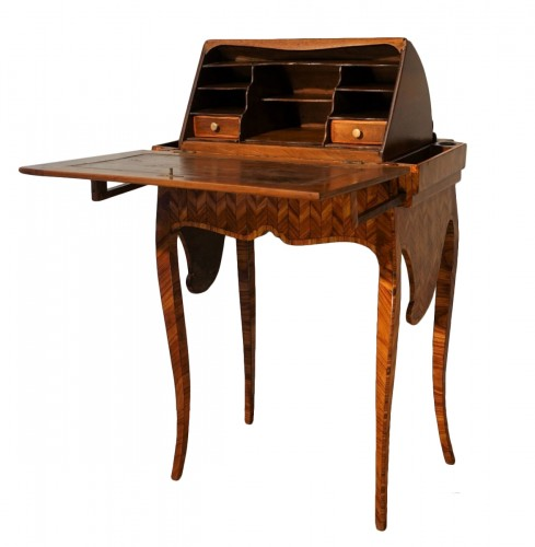 """Small """"Capuchin"""" desk in rosewood marquetry, 18th century"""