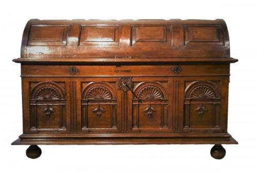 Renaissance walnut curved chest - circa 1580