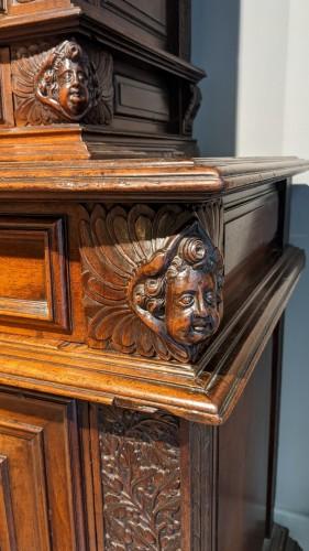 Sideboard in walnut early 17th century - Furniture Style Louis XIII
