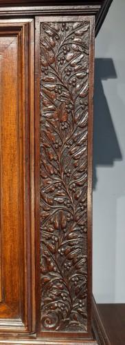 17th century - Sideboard in walnut early 17th century