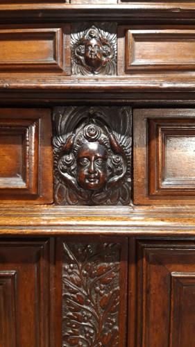 Sideboard in walnut early 17th century - Louis XIII
