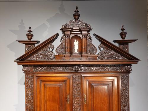 Louis XIII - Sideboard in walnut early 17th century