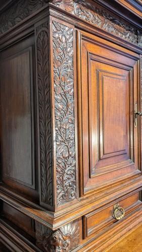 Antiquités - Sideboard in walnut early 17th century