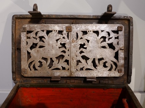 """Louis XIII - Small Nüremberg """"iron chest from the 17th century"""