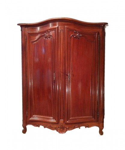 """Small Louis XV cabinet known as """"Bassette"""" from the 18th century"""