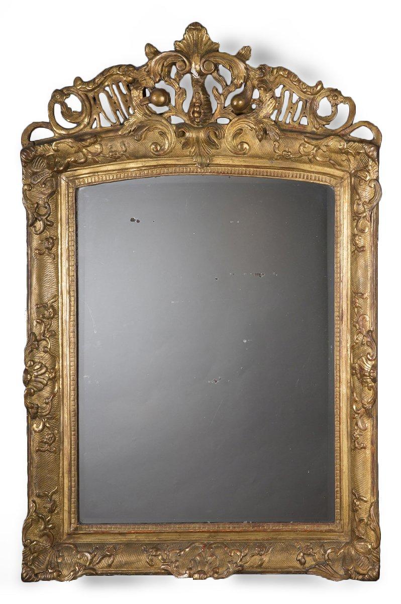 miroir en bois dor d 39 poque r gence xviiie si cle. Black Bedroom Furniture Sets. Home Design Ideas