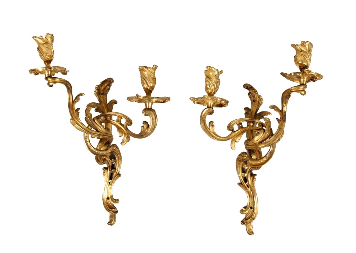 paire d 39 appliques en bronze dor d 39 poque louis xv xviiie si cle. Black Bedroom Furniture Sets. Home Design Ideas