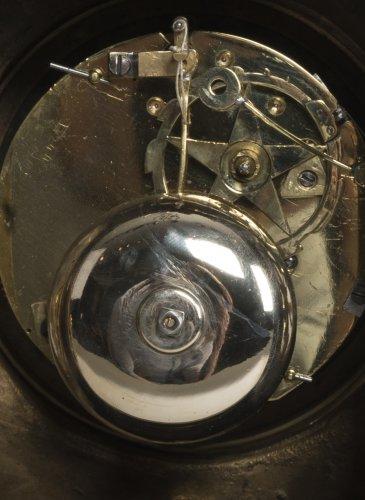 Antiquités - French Transition period gilt bronze mantel clock