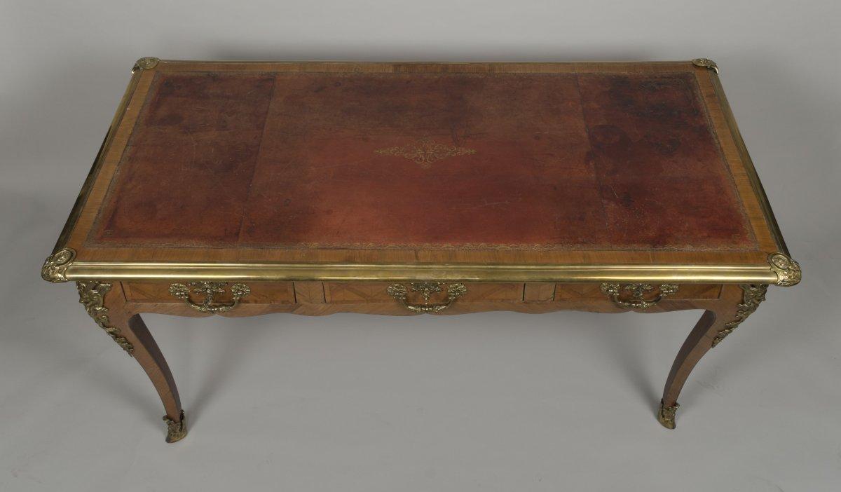Bureau plat d 39 poque r gence en placage de bois de violette xviiie si c - Galerie gilles linossier ...