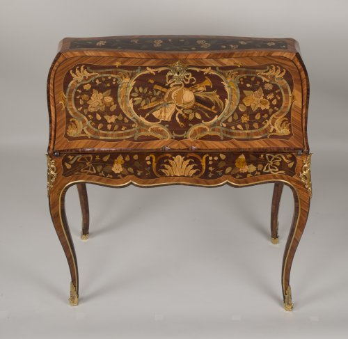 """Louis XV """"Dos d'Ane"""" Desk Stamped by Peridiez - Furniture Style Louis XV"""