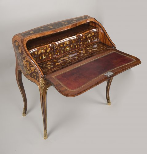 """Louis XV """"Dos d'Ane"""" Desk Stamped by Peridiez -"""