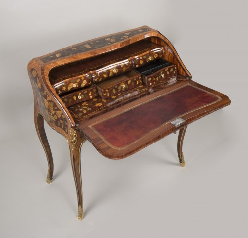 "Louis XV - Louis XV ""Dos d'Ane"" Desk Stamped by Peridiez"