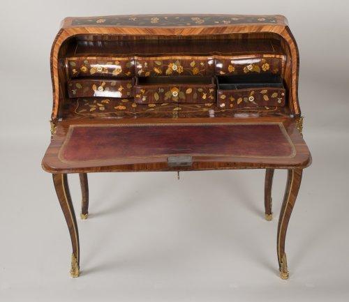 "Antiquités - Louis XV ""Dos d'Ane"" Desk Stamped by Peridiez"