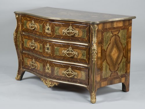 18th century - French Regency Commode
