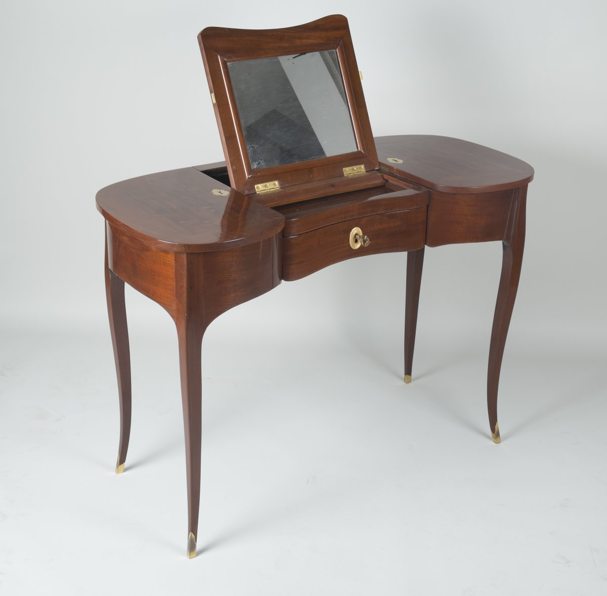 solid mahogany coiffeuse attributed to jean fran ois oeben
