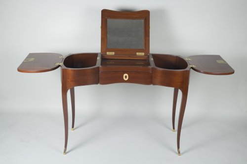 Furniture  - Solid Mahogany Coiffeuse attributed to Jean-François Oeben