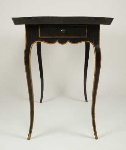 Antiquités - European Lacquer Cabaret Table