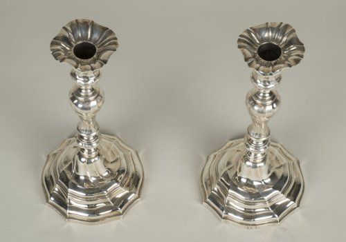 18th century - Pair of silver candlesticks - Master Goldsmith ATH
