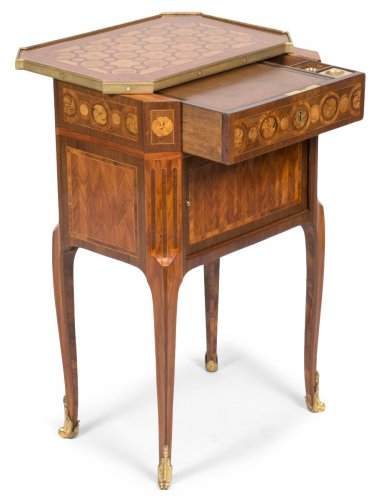 Writing table stamped RVLC