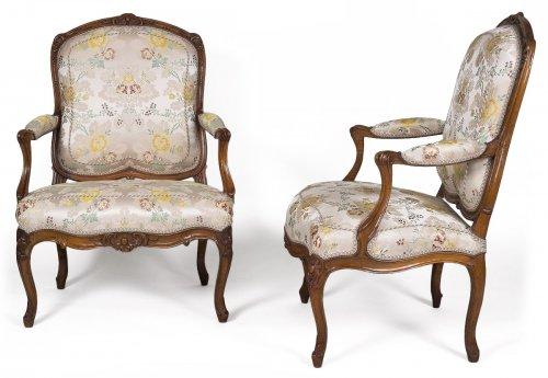 Pair of walnut armchairs stamped Tilliard