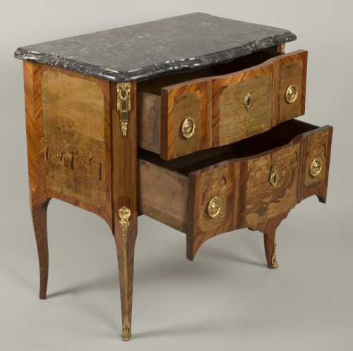 18th century - Small Commode Stamped Roussel