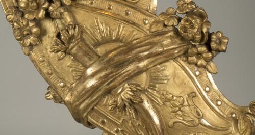 Gilt wood trophy -