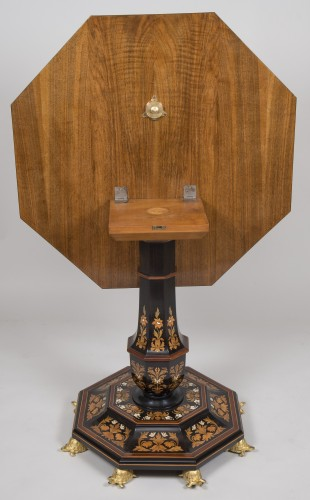 Antiquités - Pedestal Table Attributed to Falcini Brothers