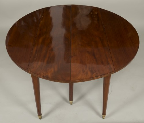 Louis XVI Table With Extensions -