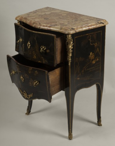 Furniture  - Small Louis XV Lacquer Commode stamped E.A.VEAUX