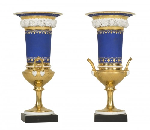Pair of vieux Paris vases