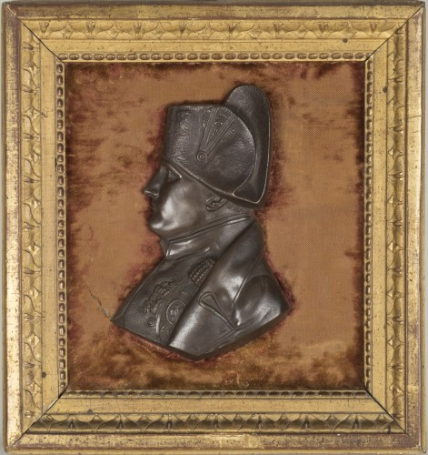 Profil de Napoléon en bronze