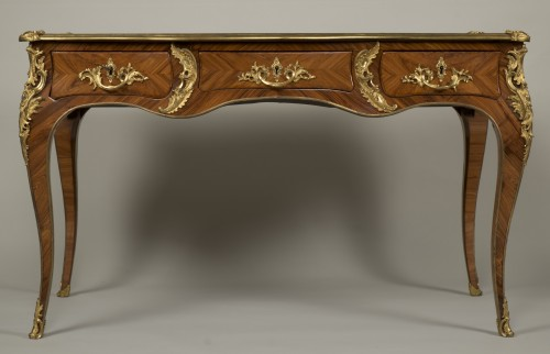 "Louis XV - Louis XV ""Bureau Plat"" stamped Reizell"