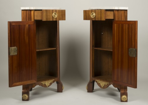 Pair of Louis XV corner cabinets from chateau of Chanteloup - Louis XV
